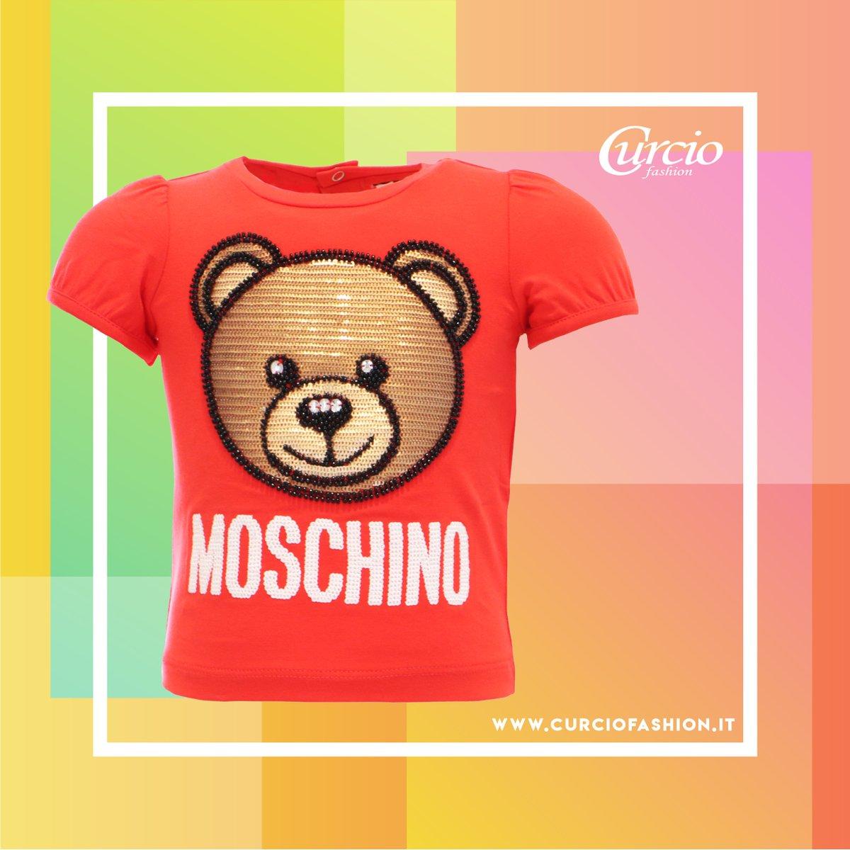 𝐓-𝐒𝐡𝐢𝐫𝐭 mezza manica per bimba della linea 𝐌𝐨𝐬𝐜𝐡𝐢𝐧𝐨 𝐁𝐚𝐛𝐲   Acquista con un click sul nostro Store Online https://curciofashion.it/product/t-shirt-bimba-con-paillettes-moschino/…  #moschino #lovemoschino #CurcioFashion #babyfashion #kidsmodel #kidsofinstagram #baby #instakidspic.twitter.com/N78eQ9XJhF