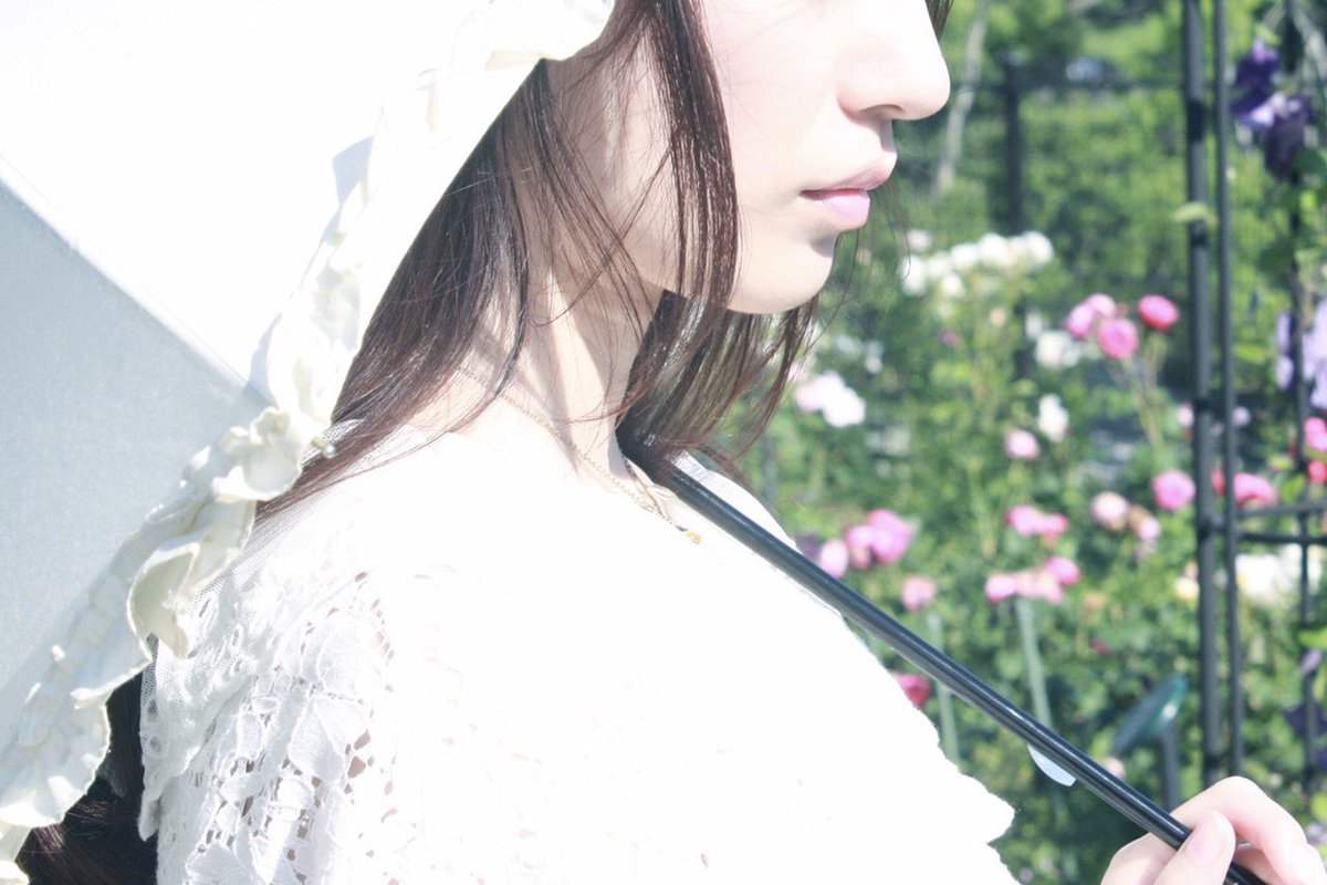 Le Jardin Secret.  Photo by:@arimu7  ┈┈┈┈┈┈┈┈┈┈┈┈┈┈┈┈┈┈┈┈ ┈┈ #撮影 #雰囲気 #被写体 #portrait #作品撮り #coregraphy #photography #ポートレート #ポートレート撮影 #写真好きな人と繋がりたい #ポートレートモデル #被写体さんと繋がりたいpic.twitter.com/IFVXFLaxqA