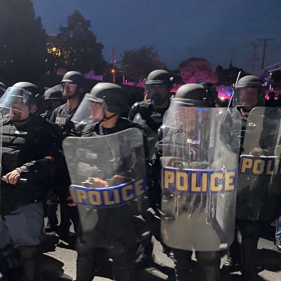 At #ElPaso's Memorial Park peaceful protestors were confronted by @EPPOLICE officers in riot gear. They were responsible for continually escalating the situation. This culminated in their unnecessary and irresponsible use of tear gas against the protestors.<br>http://pic.twitter.com/yM70blcI6P
