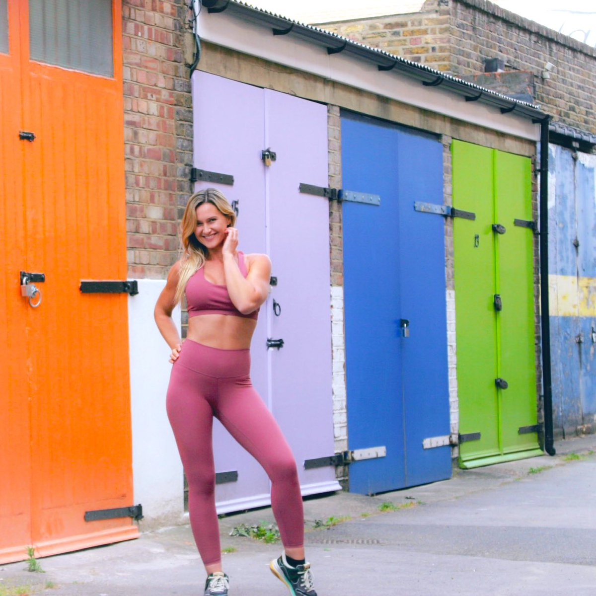 Hello June 🌼 and Hello Summer ☀️Time to brighten up your fitness wardrobe. Leggings, sports bras & tanks..Lots of vibrant happy colours to choose from! Go ahead, treat yourself #HelloJune #HelloSummer #sunshine #happy #FitnessMotivation #shoponline