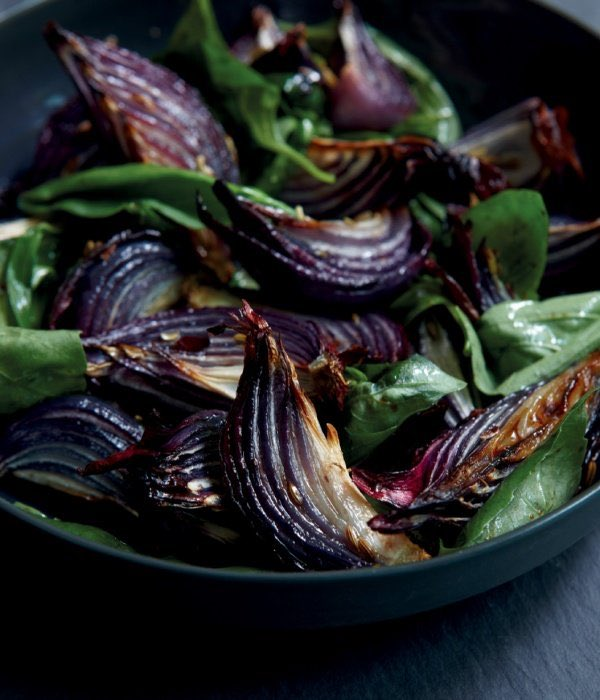 A real beauty for #RecipeOfTheDay: Roast Red Onions with Basil nigella.com/recipes/roast-…