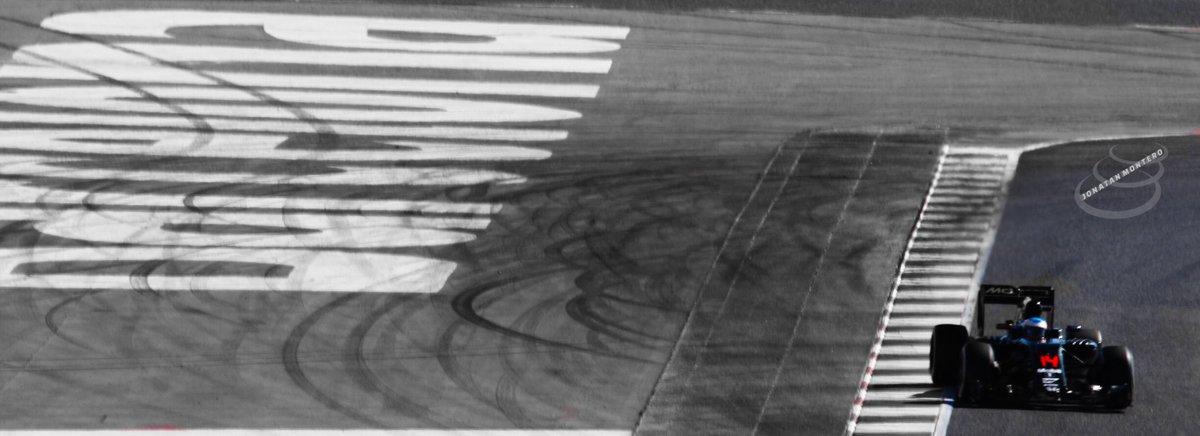 Rebuscando fotos...  Fernando Alonso, McLaren-Honda, @Circuitcat_cat, #F1Testing 2016 https://t.co/vxuR53Uzq3