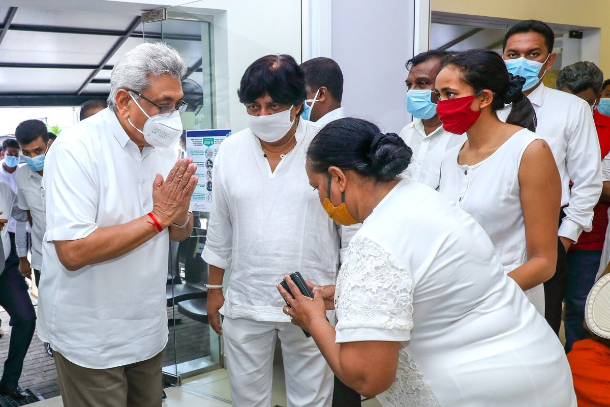 Paid my last respects to the remains of former Governor of the Uva Province & President's Counsel Marshall Perera & expresses my condolences to his wife, Mrs. Daya Dharmabandu, son, former Minister Dilan Perera & family. May he Rest In Peace https://t.co/tijQ2RS8RL