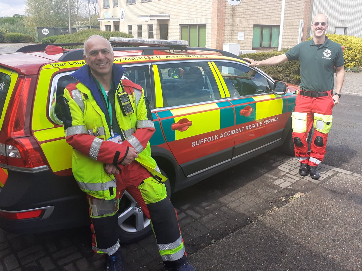 Its the start #VolunteersWeek2020 100's of local clinicians have responded for SARS + not one has charged for their service. They have helped treat 1000s of patients + saved countless lives. A massive thank you, to all our emergency medical #volunteers past + present #staysafe pic.twitter.com/NjXaeSHUNB