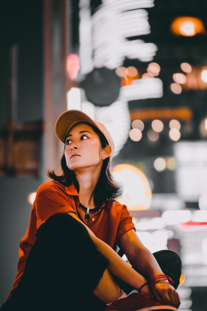 Lost in Thought in Neon Lights w/ @ayk_343  #neonlights #portrait #nikon #被写体募集中 #被写体 #ポトレ #ポートレート #写活 #ファインダー越しの私の世界 #キリトリセカイ #ボケフォトファン pic.twitter.com/tcINm2n7V4