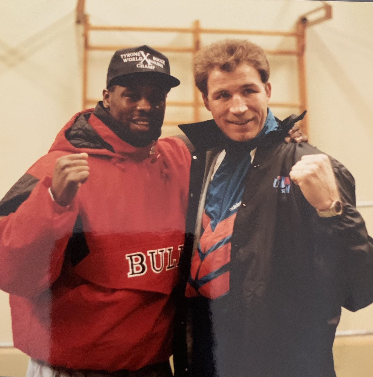 First person to name these two former boxing world champion's will win a @apemanstrong gift https://t.co/e13UaEfi83