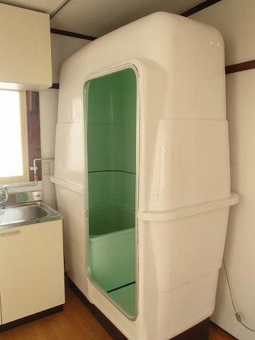 家賃3万円の戸建てで喜んでたら??お風呂が後付けの簡易風呂だったww