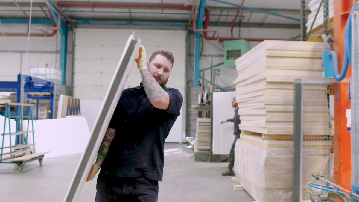Show your customers #HowItsMade with our Endurance factory video. #CompositeDoors #InsidetheFactory https://www.youtube.com/watch?v=ynj6424n-LA …pic.twitter.com/DfTiz7ytbF