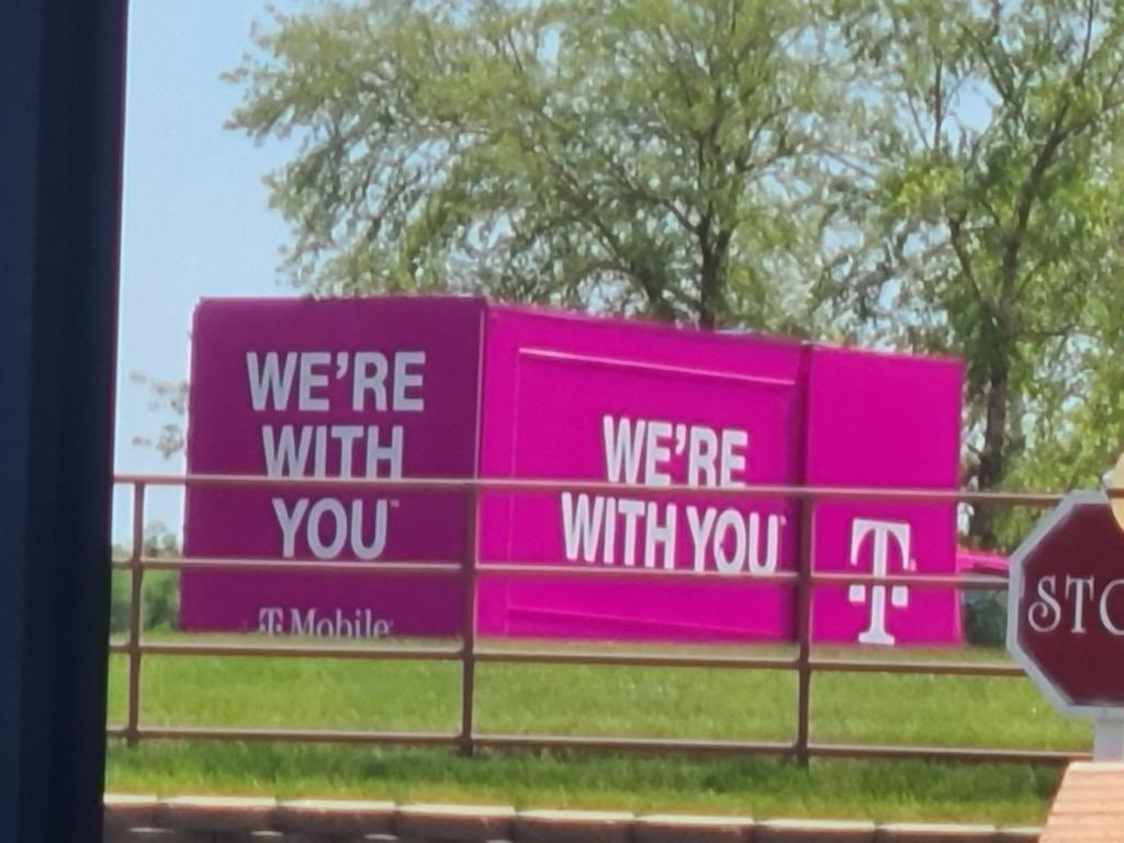 The truck is spotted in our parking lotthe support. #TMobile #Trucklife #Iseeupic.twitter.com/1nY7uIcIT6