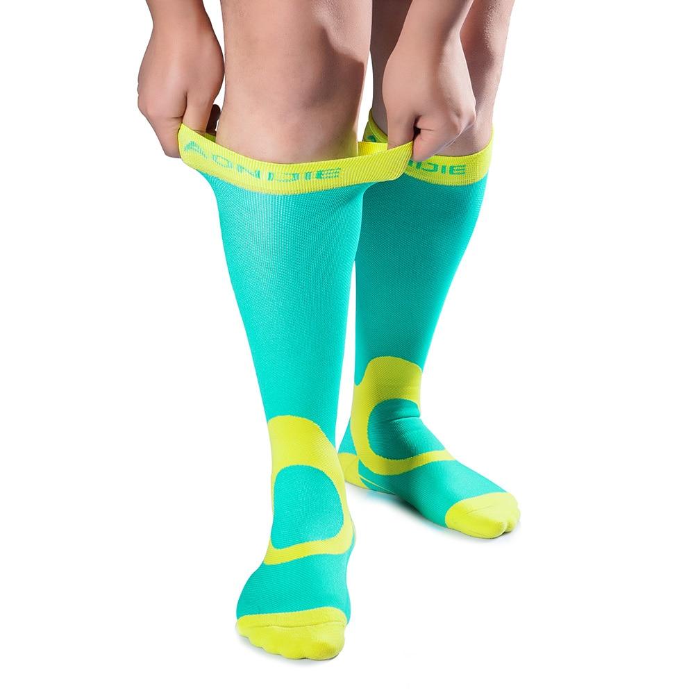 Compression Soccer Socks for Men #Health #gym https://athletfit.com/compression-soccer-socks-for-men/…pic.twitter.com/WzKQWd0gyU