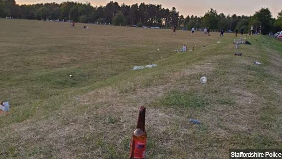Police target gatherings at #Staffordshire beauty spots https://t.co/WjmxqT3TZb https://t.co/n1AYT3268a