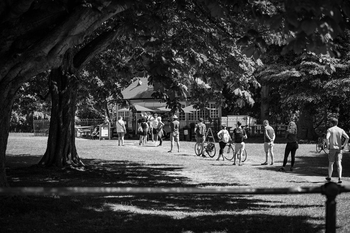 #ireland #irelanddaily #irish #dublin #travel #discoverdublin #dublincity #lovedublin #instagood #love #happy #visitdublin #igersdublin #dublindaily #dailyphoto #picoftheday #blackandwhite #canon5dsr #canon #igersdaily #streetphotography #bnw #tourism#town#urban #covid_19