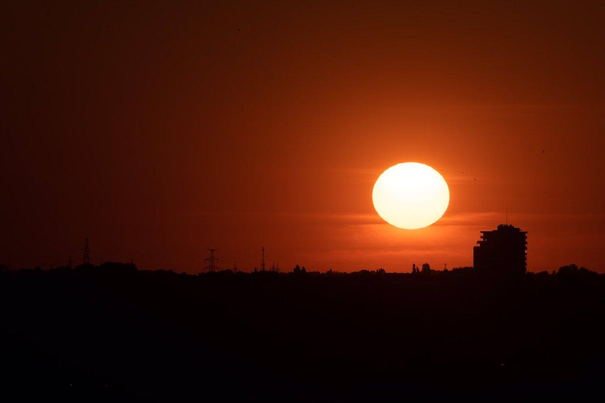 Sunset 39   #Brussels #noedit    #photography 782 #Nikon