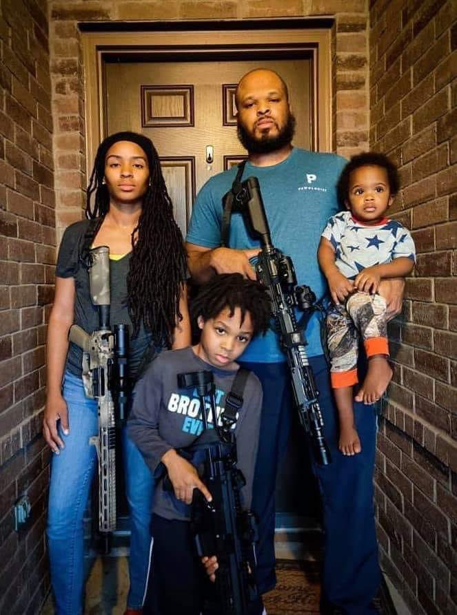 My people.. we need to exercise our 2nd amendment more. The same way they do! So please go get your gun licenses! & if this photo makes your uncomfortable oh well ✊🏽🖤 we gotta protect us at all cost https://t.co/zQO81gbTuF