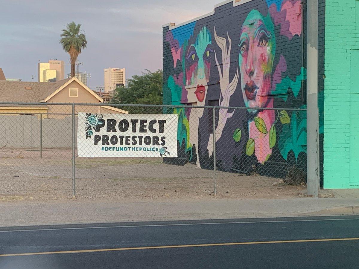 Defend communities, defund cops. https://t.co/WP4gSnOjPw https://t.co/KRmLHAOfCU