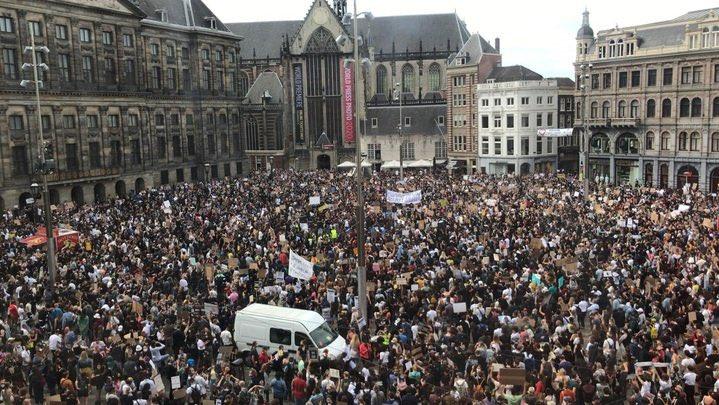 Wanneer gaat #halsema nu aftreden incl. het gehele stadsbestuur en politie chef? Dit kan je niet meer goed praten! #Amsterdam https://t.co/IoDKg7O0i7