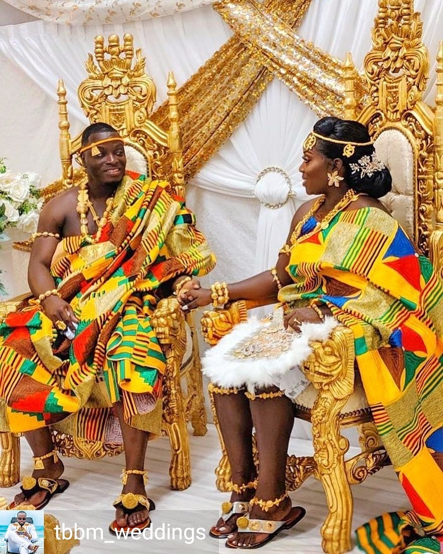 Gorgeous Bride  and Groom#King and #Queen @tbbm_weddings   African Fashion? Then the AfriqOkin app is perfect for you!  Click to downlad http://onelink.to/dut9rz   #afriqokin #AfricanFashionApp #AfricanFashion #AfricanPrint #AsoEbi #bellanija #lindaikeji  #asoebibellapic.twitter.com/dluvkvwdGR