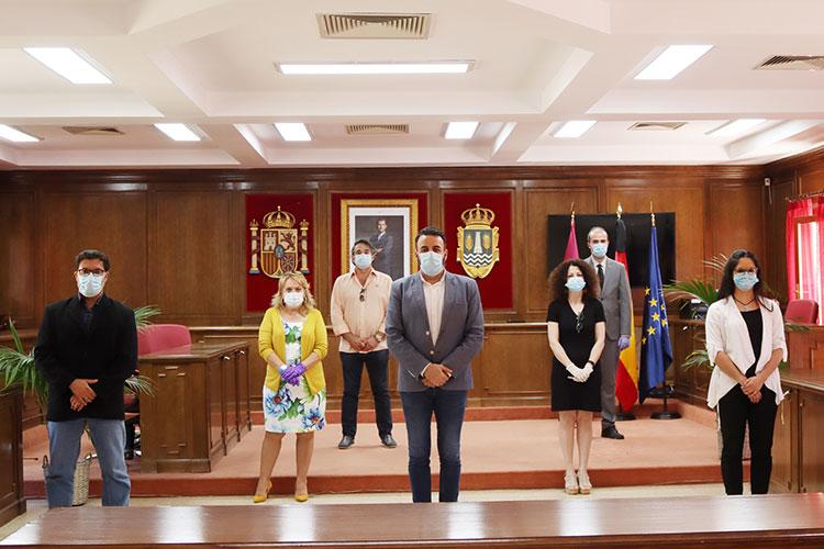 Acuerdo unánime de los 5 grupos municipales del Ayuntamiento de Azuqueca para luchar contra la crisis de la COVID19 - ... https://t.co/r8PfPBcJhJ