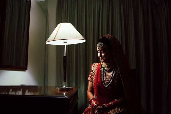 বধূ।  http://www.dalouie.com  PHOTOGRAPHY : SUBHANKAR AND TEAM  #calcutta #kolkata #india #kolkatadiaries #kolkatagram #calcuttacacophony  #cityofjoy #calcuttadiaries #durgapuja #westbengal #mumbai #love #photography  #delhi #bengal #bengali #kolkatabuzz #durga #thekolkatabuzzpic.twitter.com/q1JcS0VLgV