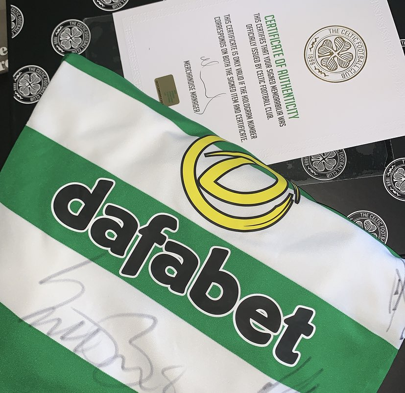 | COMPETITION |  As proud sponsors of The Paradise Windfall we are giving away an amazing prize.   ⚽️☘️ WIN a signed @CelticFC shirt to celebrate #9INAROW   RT & Follow us to get in the draw.   Thanks to @CelticFCPools.  👉🏼 Get a second entry by entering on Facebook too! https://t.co/f4yo2mvtgA