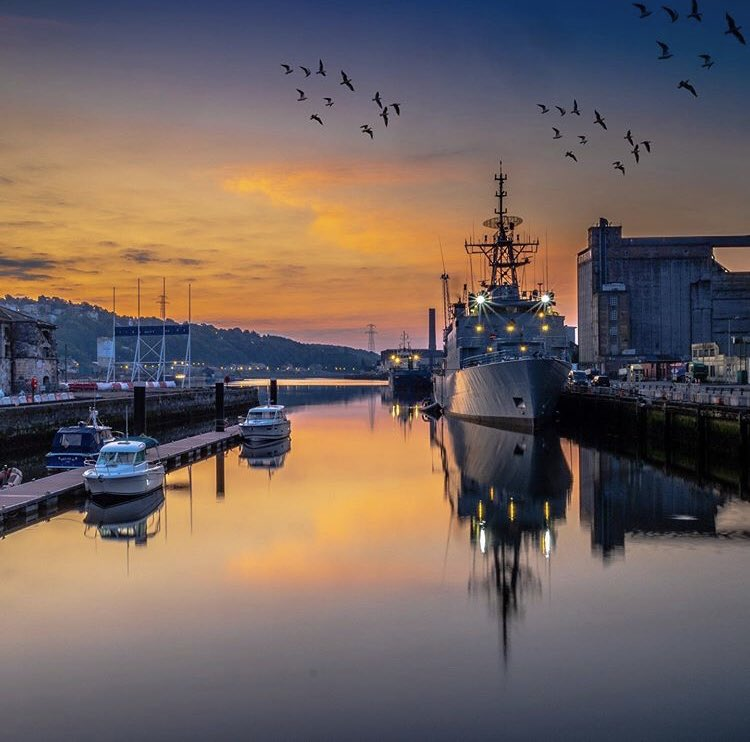 Ladies and gents this is how Cork looks like when sun start shining from summer morningRetweet if you like what you see! #corkcity #port #riverlee #lovecork . . by IG:im.jamie  #cork_daily #photooftheday pic.twitter.com/0dsfW2KKlP