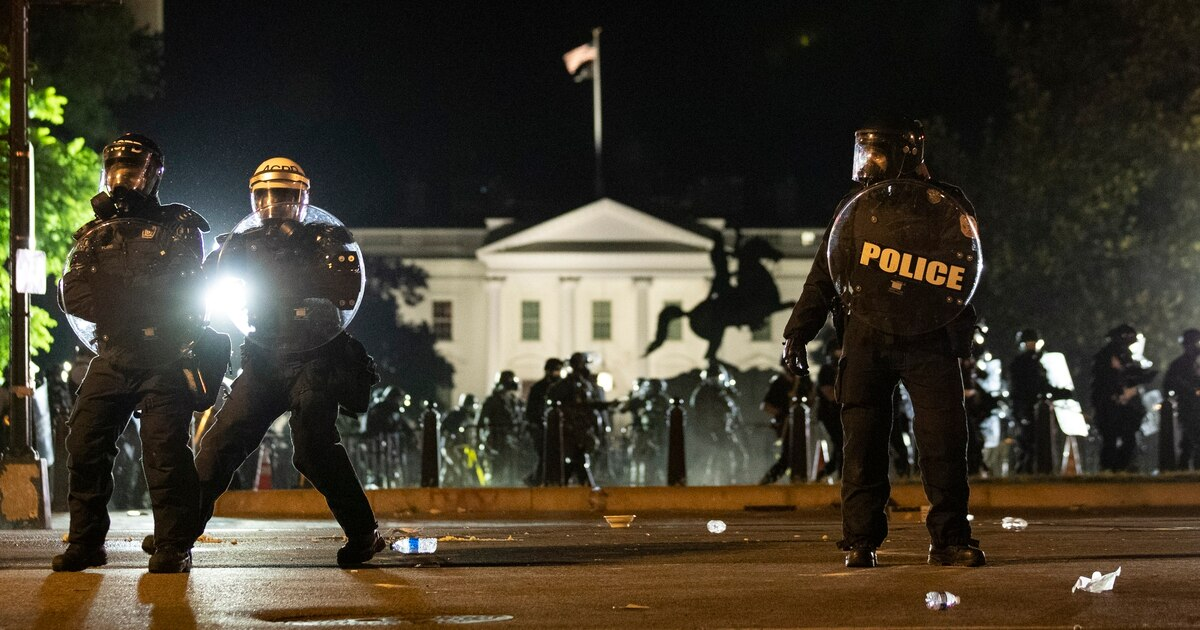 Senator: Deploy active-duty military to deal with violent protesters trib.al/7cVowVV