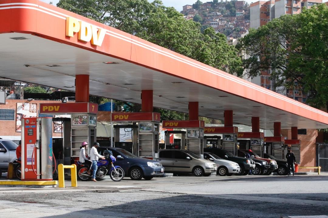 #EnFotos📸| ¡En plena marcha! Plan de suministro de combustible inició este #1Jun en todo el país para la familia venezolana. Avanzando, corrigiendo y Venciendo 🇻🇪🙏🏻 #NuevaNormalidadRelativa