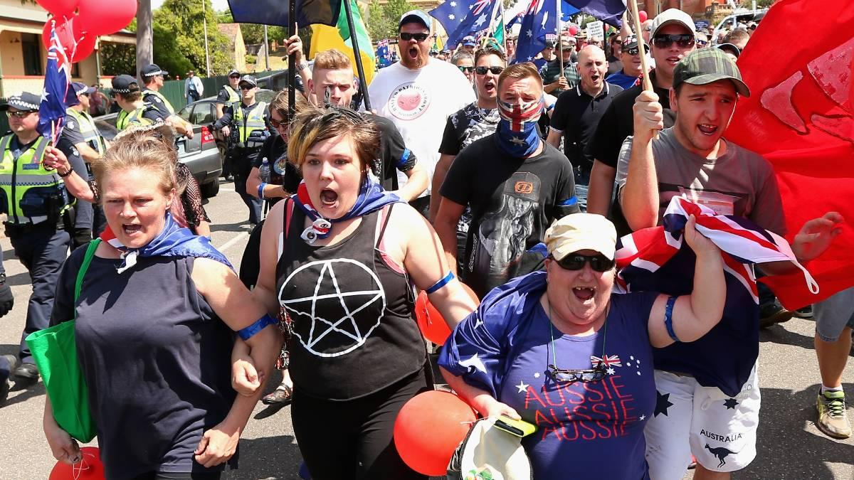 Come to Australia is Trending This is #Australia #Auspol  Australia is not a tolerant place it's full of #racismpic.twitter.com/ZItEYWC2La