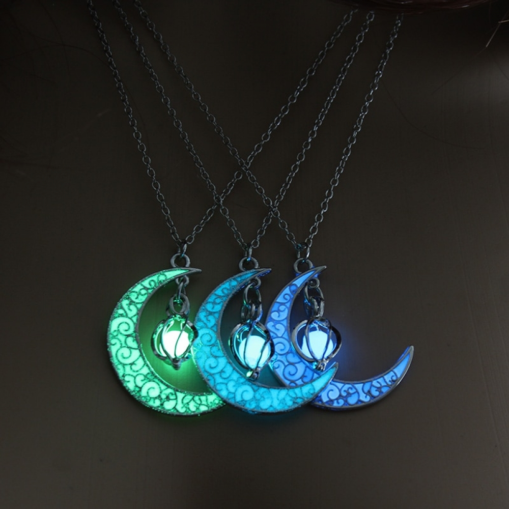 #hashtag2 Moon Glowing Necklace Gem Charm  https:// shineonjewellery.com/2019-moon-glow ing-necklace-gem-charm-jewelry-silver-plated-women-halloween-pendant-hollow-luminous-stone-pendant-necklace-gifts/  … <br>http://pic.twitter.com/BeCifV0Gkj
