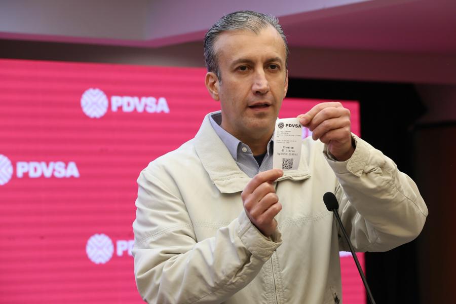 Nuevo esquema de distribución de gasolina inició de manera exitosa en Venezuela bit.ly/2ZUXm5n #NuevaNormalidadRelativa