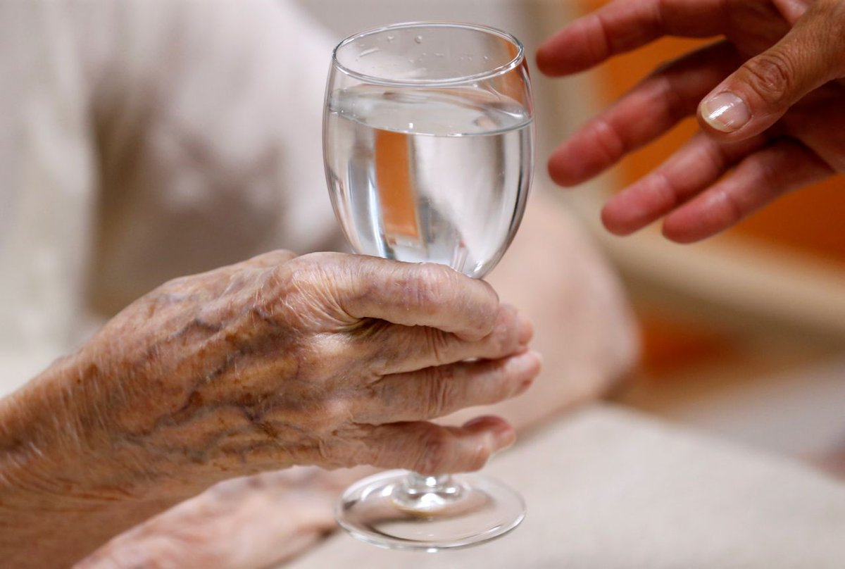 Study: Women bear the brunt of caring for aging parents by  @juleshyman