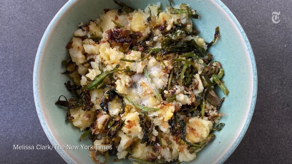 Colcannon is a perfect comfort food https://t.co/5XWcqnfcqR https://t.co/zaBb9dsBXP
