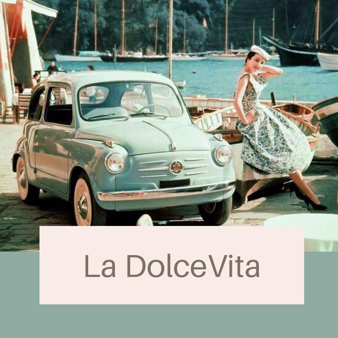 Magic of the Past💫  #portofinoforever #love&dream #souvenirchic  #portofino #lifestyle #luxury #fashion #italy #dolcevita #piazzetta #paradise #love #dream #sun #sea #mare #liguria #licensing