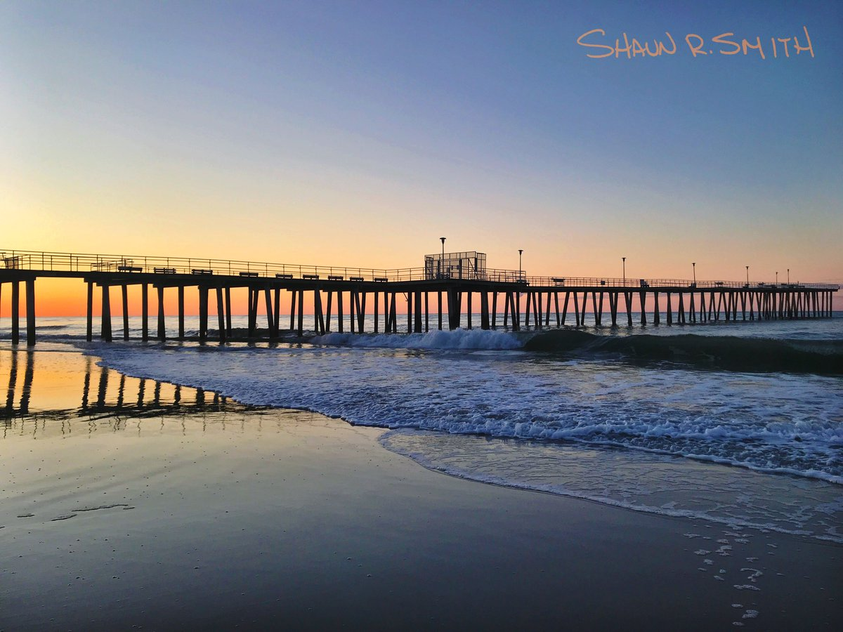 It's starting to look like summer at the Ventnor Pier.  #ventnorcity #sunrise #southjersey #newjersey