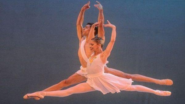 Comité Organizador de el Festival Internacional de Ballet de la Habana informó que se cancela la edición 2020 →go.shr.lc/3cjAejj Esto a fin de evitar la propagación de la Covid-19