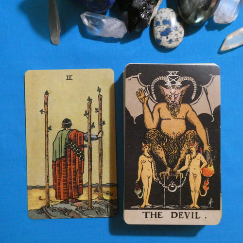 今日のカード  選択 ワンドの3 底 悪魔  今は捕らわれの身で働いている。  Card of the Day  Selection: 3 of the wands Bottom: The Devil  You are working in captivity. pic.twitter.com/zcv5ncpmQr