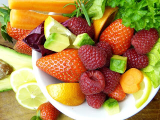 How can fruits Help You Lose Weight Healthily and Quickly ?👉👉 #health #fitness #wellness #healthy #healthylifestyle #motivation #lifestyle #nutrition #weightloss #healthyfood #fitfam #beauty #life #healthyliving #instagood #food #diet #HealthcareHeroes
