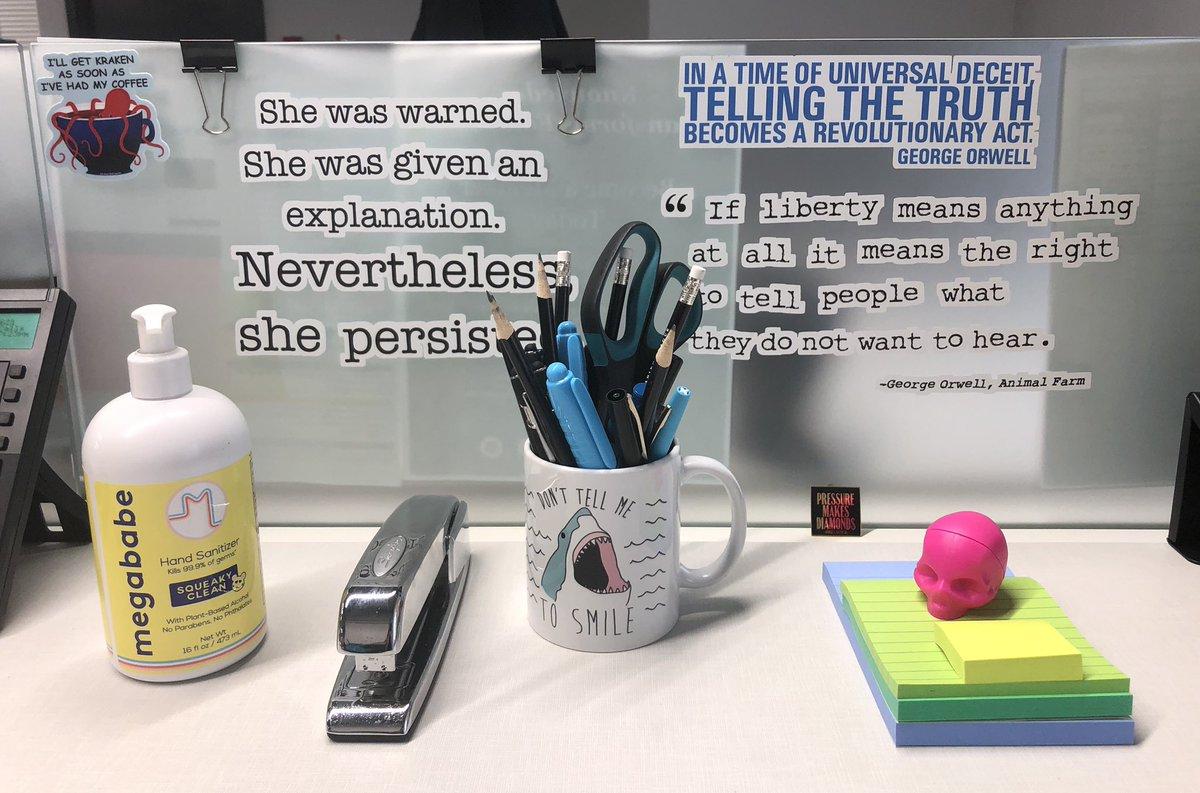 Oh, HQ Desk. How I've missed you. 💗