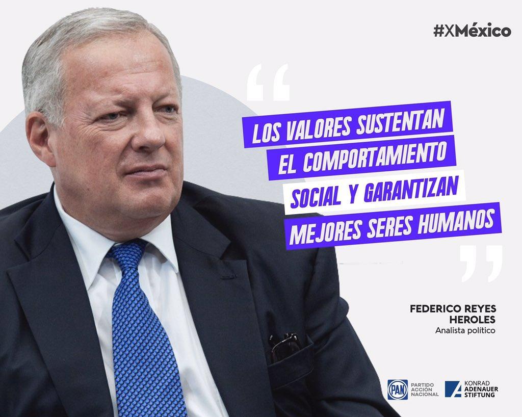 """""""Los valores culturales van cambiando y todos deberíamos estar abiertos a discutirlos"""". Federico Reyes Heroles  Ideas y Acciones #XMéxico  @kasmexiko https://t.co/H7RI3xWmsX"""