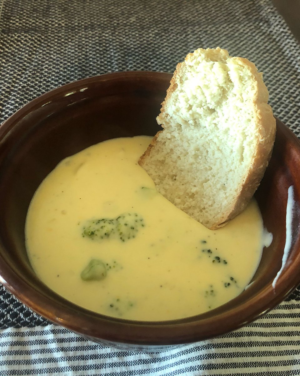Dinner was Broccoli and Chedder soup with homemade French bread! 🥦#food #yummyfood #foodie #homemade #homemadefood #broccoli #cheese #bread #frenchbread
