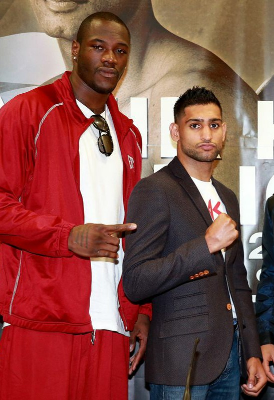 Deontay Wilder vs Amir Khan - who wins & why?   #WilderKhan<br>http://pic.twitter.com/0e0XsMXf72