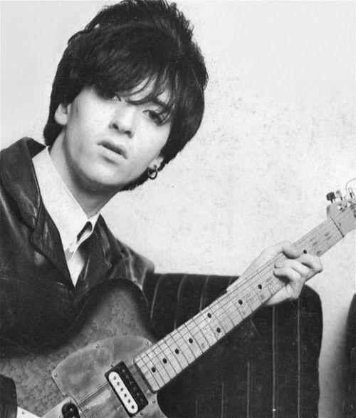 Johnny Marr  Guitarists #Musicpic.twitter.com/lGD7yr7MkS