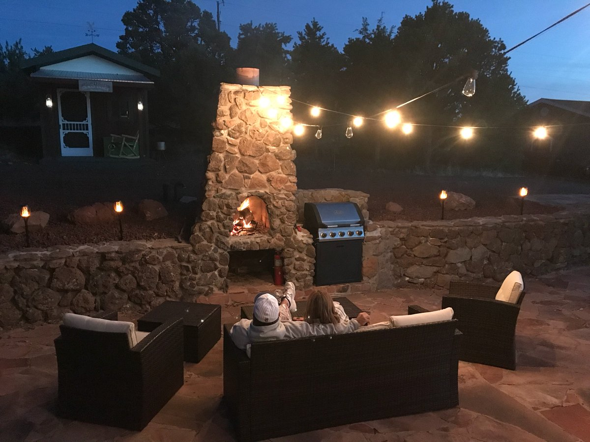 #thebigdranch #williamsaz #flagstaffaz #grandcanyon #northernarizona #arizona #vacationrentals #vacation #airbnb #vacationrental #travel #vrbo #propertymanagement #airbnbhost #shorttermrental #airbnbsuperhost #vacationhome #vacationrentalhomes #homeaway #bookdirect #relax #fire https://t.co/cz9J5oLxtb