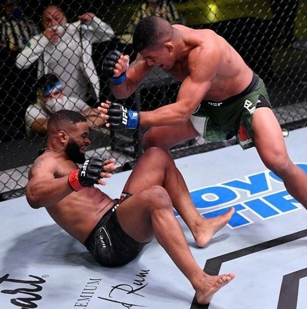 After #UFCLasvegas / #UFCAPex what do fans believe is nextt for former #UFC #Champion @tyronwoodley after his loss to the surging UFC #Fighter @gilbert_burns #mma fans? https://t.co/J1yInC8EG1 https://t.co/Mpt71ohQV5