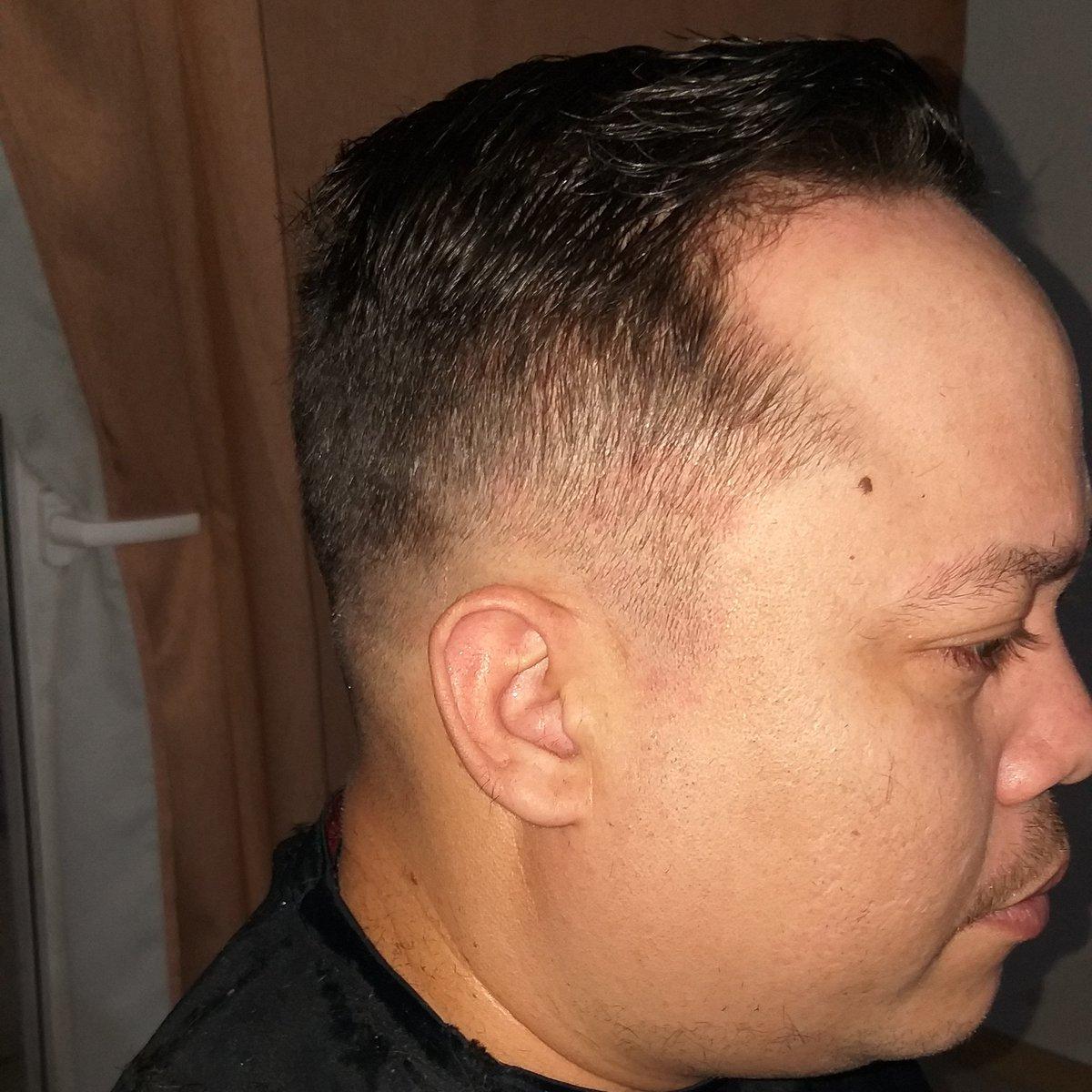 Corte a domicilio  #gustihairstyle #chile #barberia #likeforlikes #cortesAdomicilio #men #degrade #likesforlike #liketime #covid19 #quedateencasa #fashion #chile #peluqueria #barberlife  Gracias gracias graciaspic.twitter.com/83OAIHOuoO