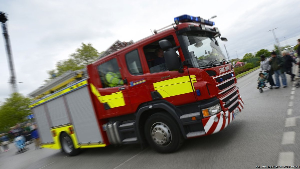 A fire at a derelict building in #Congleton yesterday is being treated as arson   It was on Moody Street - and took more than two hours to deal with, say @CheshireFire https://t.co/LeSWrik4uy