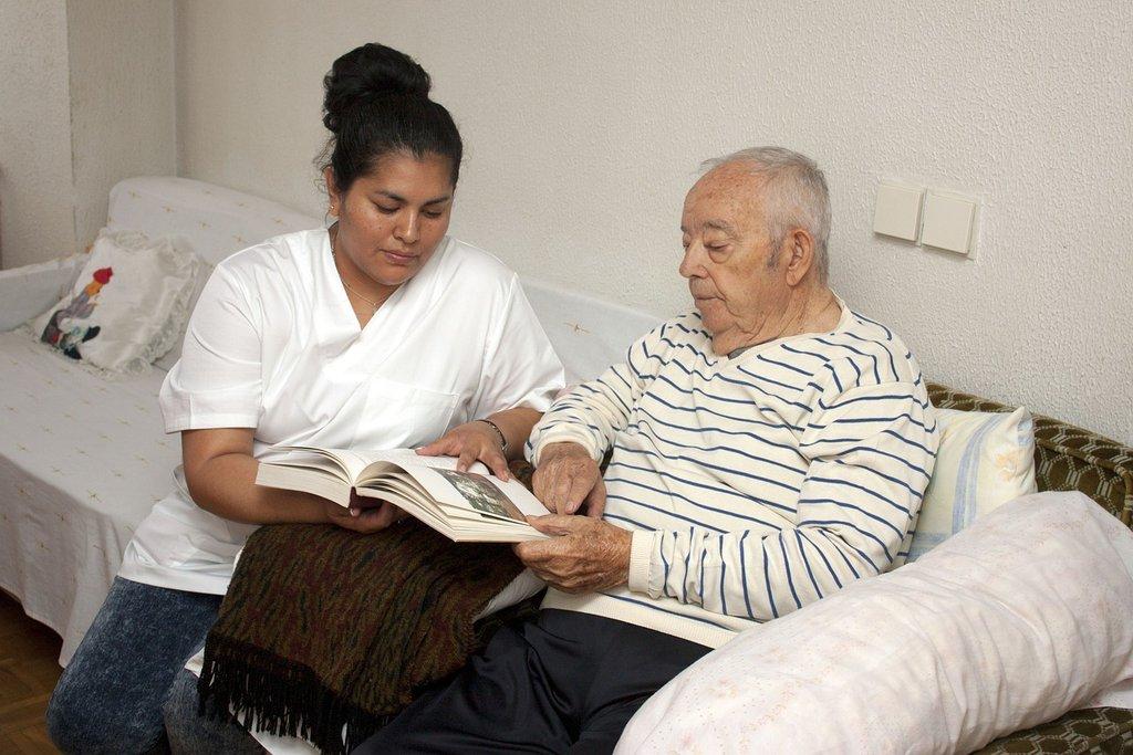 5 Benefits Of In Home Care For The Alzheimer's Patient You Can Provide As An LVN ▸ https://lttr.ai/R7MA  #ProgressiveRock #AlzheimersDisease #HealthCarepic.twitter.com/xXvOghPmlB