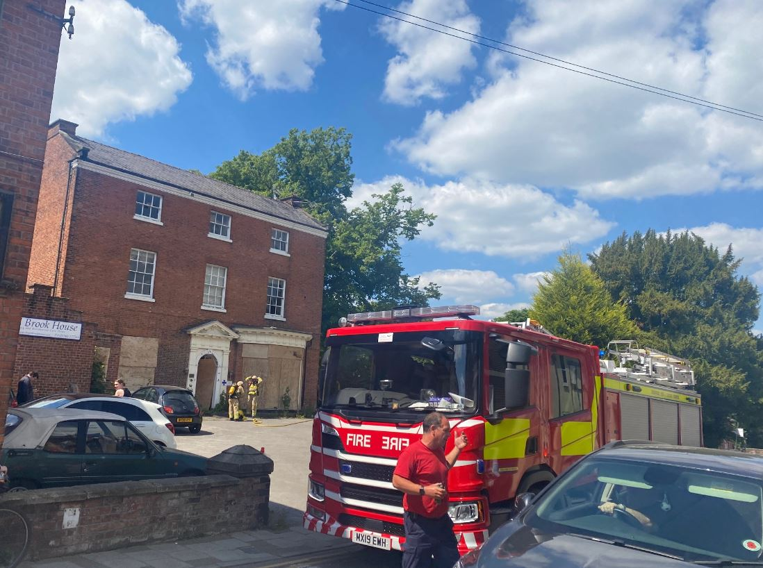 A fire at this derelict building on Moody Street in #Congleton yesterday is being treated as arson   It took more than two hours to deal with, say @CheshireFire https://t.co/0HMdz063uM