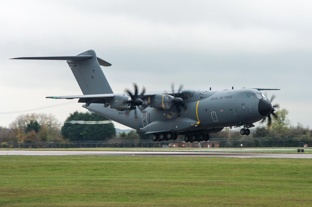 This morning, our A400M aircraft will be operating in the vicinity of the Newcastle and Leeds Bradford, whilst engaged in essential training.  These are necessary, routine, flights and not connected with RAF support to the UK's fight against Coronavirus.  #A400M #Atlas https://t.co/sdhvclSwzM