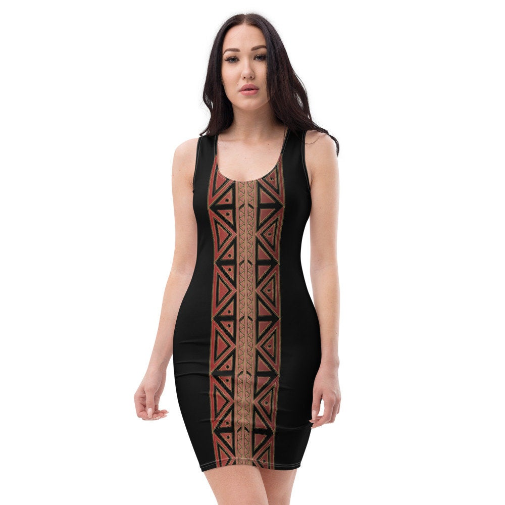 An African print with an urban touch on a slim fit dress that makes it a special #Woman #fashion Dress and unique pic.twitter.com/YUzCISaEMg